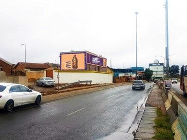 Soweto, Koma Street